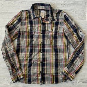 Patagonia Roll Tab button up Shirt Womens Size 4